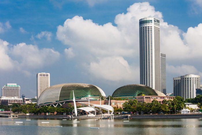Esplanade theater in de vorm van een durian fruit in Singapore