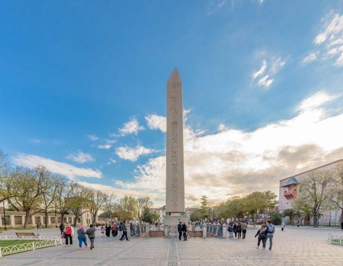 Obelisk van Theodosius of Egyptische Obelisk in Istanbul