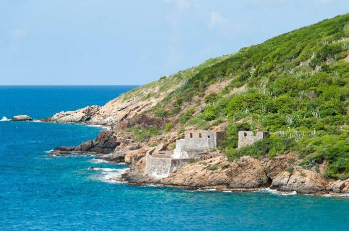 Oude ruines op Hassel Island