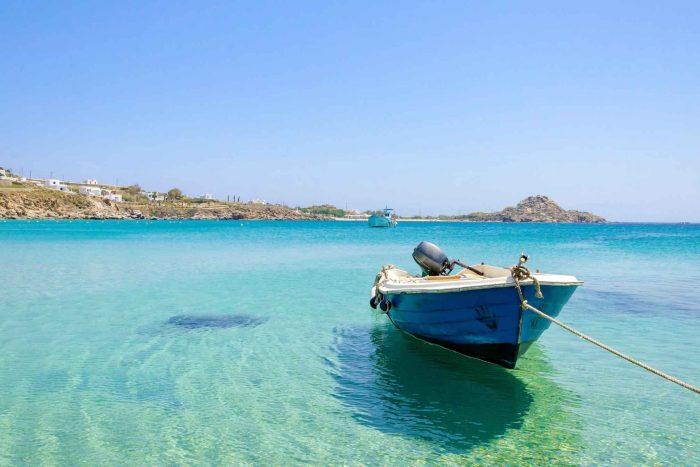 Platis Gialos Beach op Mykonos eiland