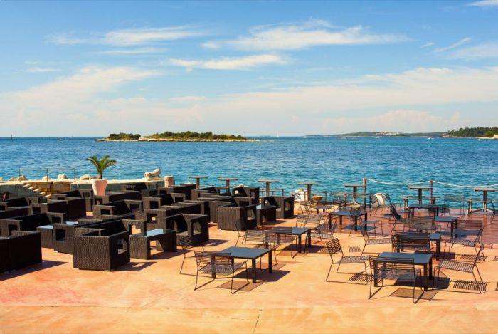 Restaurant in Rovinj bij het water