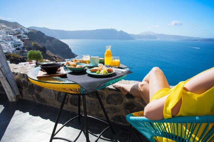 Restaurant met uitzicht op Santorini
