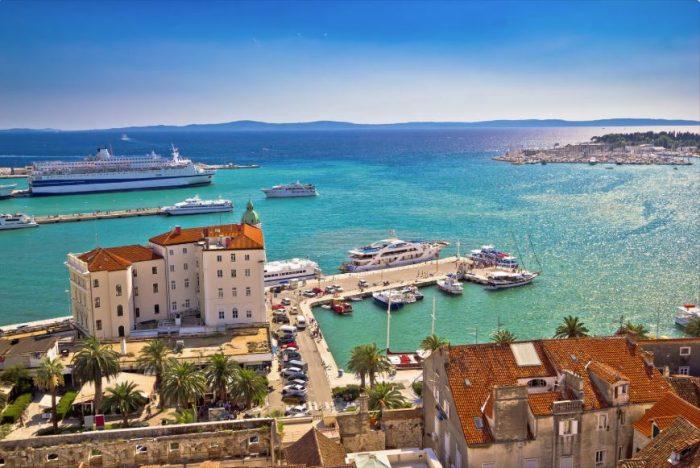 Uitzicht over Split vanaf Domnius-kathedraal