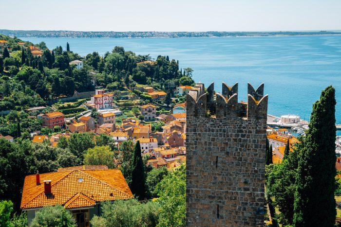 Uitzicht vanaf de oude stadsmuren van Piran