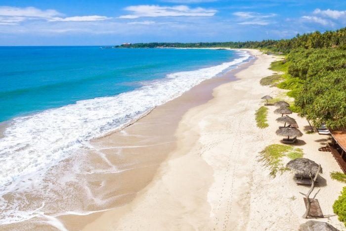 Backpacken Sri Lanka - Blauw water en strand