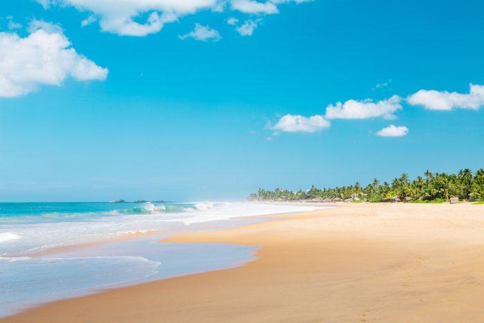 Backpacken Sri Lanka - Golven bij Weligama Strand
