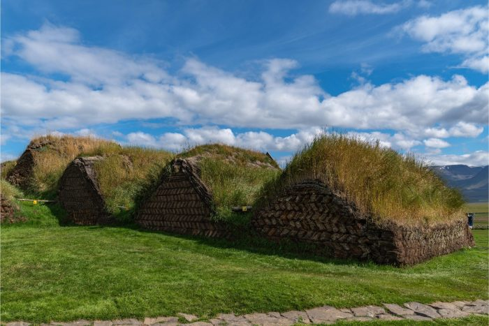 Backpacken in IJsland - Glaumbær Hobbit Huizen