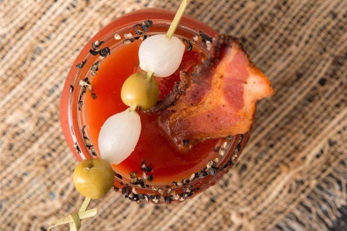 Canadees Eten - Caesar Cocktail