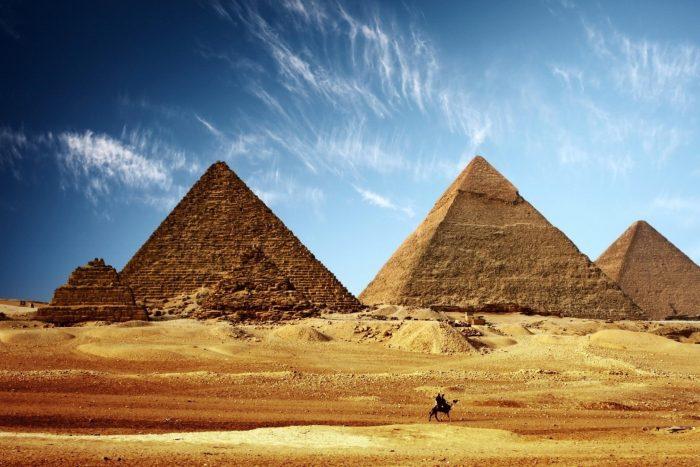Historische Plaatsen - Piramides van Gizeh in Egypte