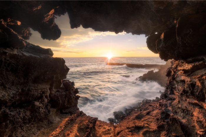 Ana Kakenga Zonsondergang op Paaseiland (Rapa Nui)