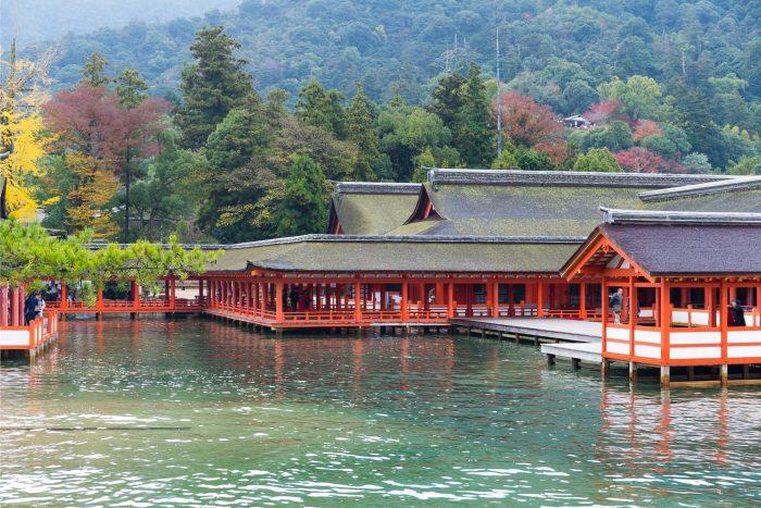 Itsukushima-schrijn op Miyajima eiland