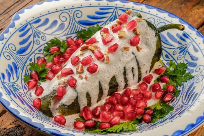 Mexicaans Eten - Chiles en nogada