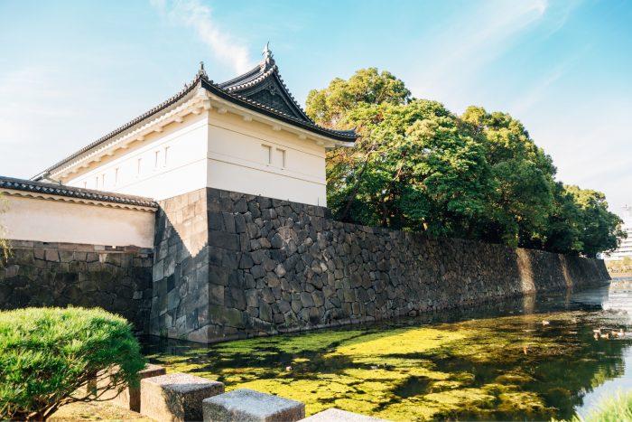 Zijkant van het Keizerlijke Paleis in Tokyo