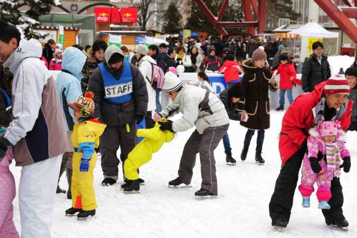 Schaatsen tijdens het Sapporo Sneeuwfestival