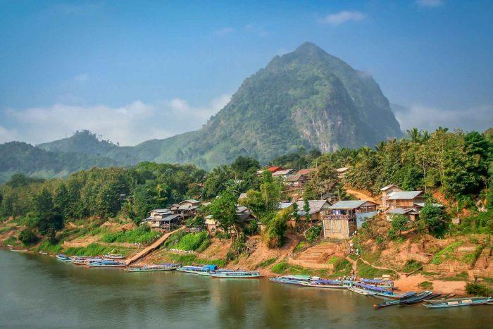Het dorpje Nong Khiaw vlakbij Luang Prabang