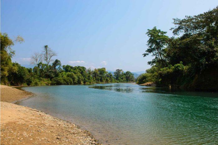 Nam Song rivier bij Vang Vieng