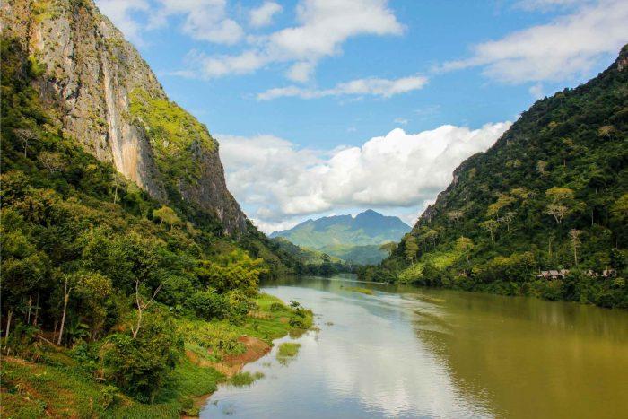 Prachtige rivier bij Nong Khiaw