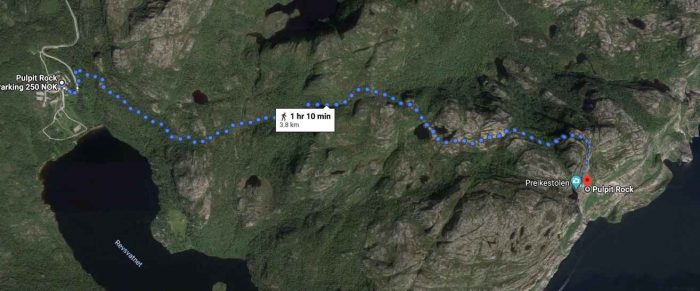 Route vanaf de parkeerplaats naar Preikestolen (Pulpit Rock)