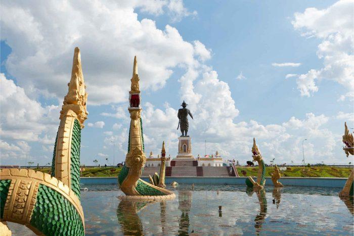 Standbeeld van Fa Ngum in Vientiane