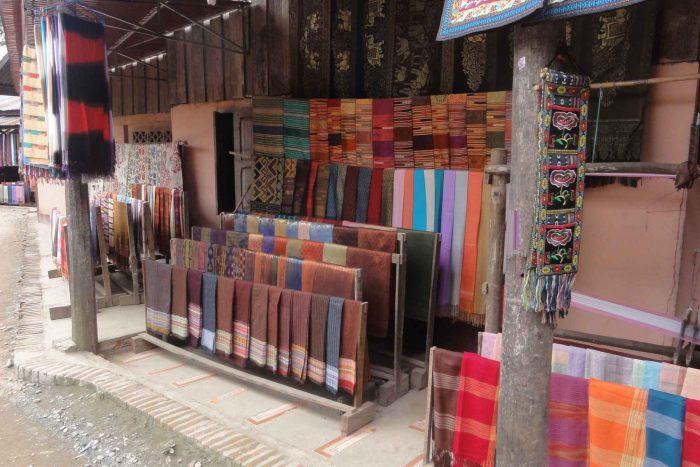 Textiel in Laos