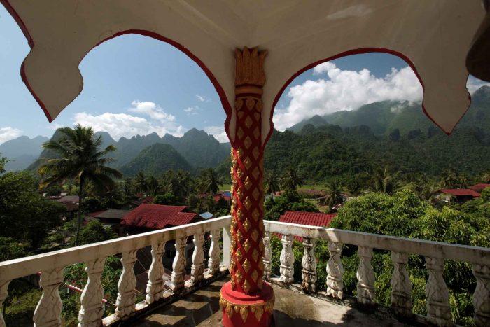 Uitzicht over Vang Vieng