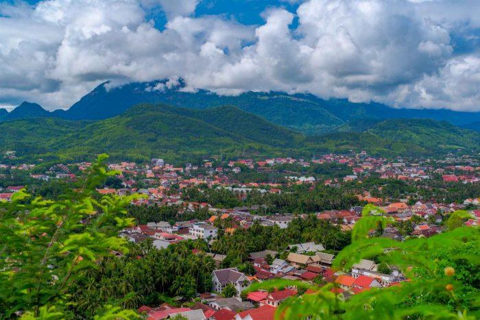 Uitzicht vanaf Mount Phousi in Luang Prabang