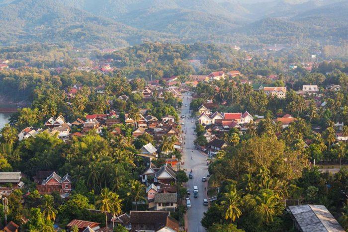 Weg door Luang Prabang