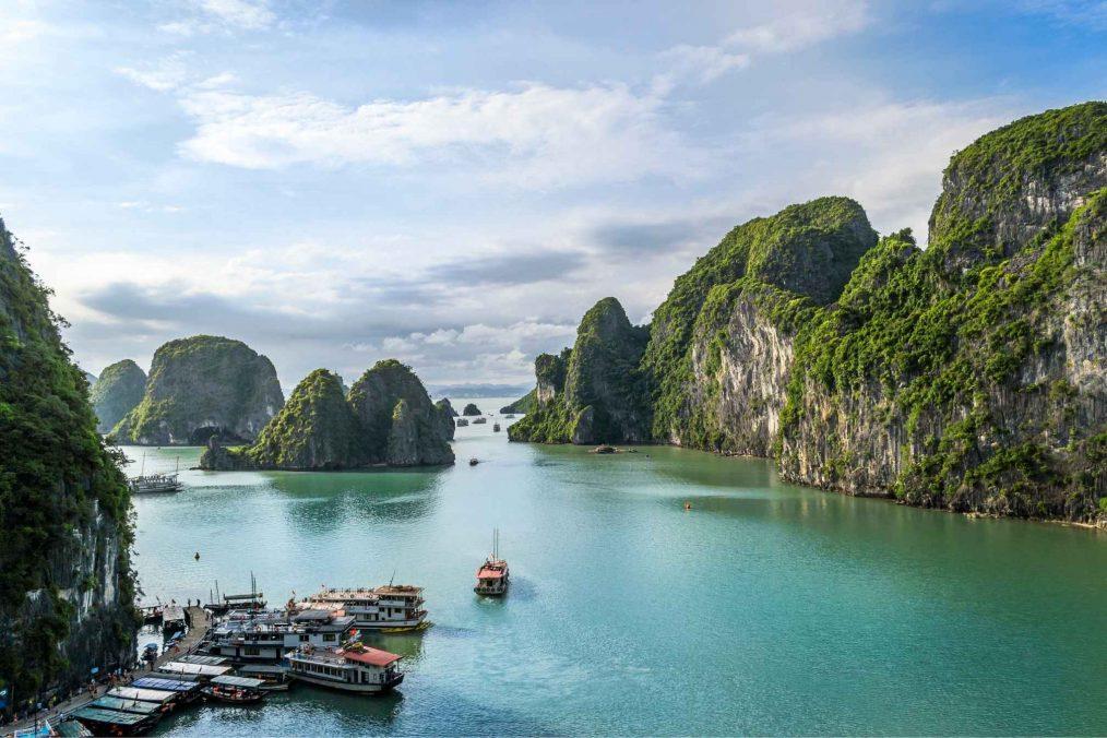 Halong Bay (Ha Longbaai) in Vietnam