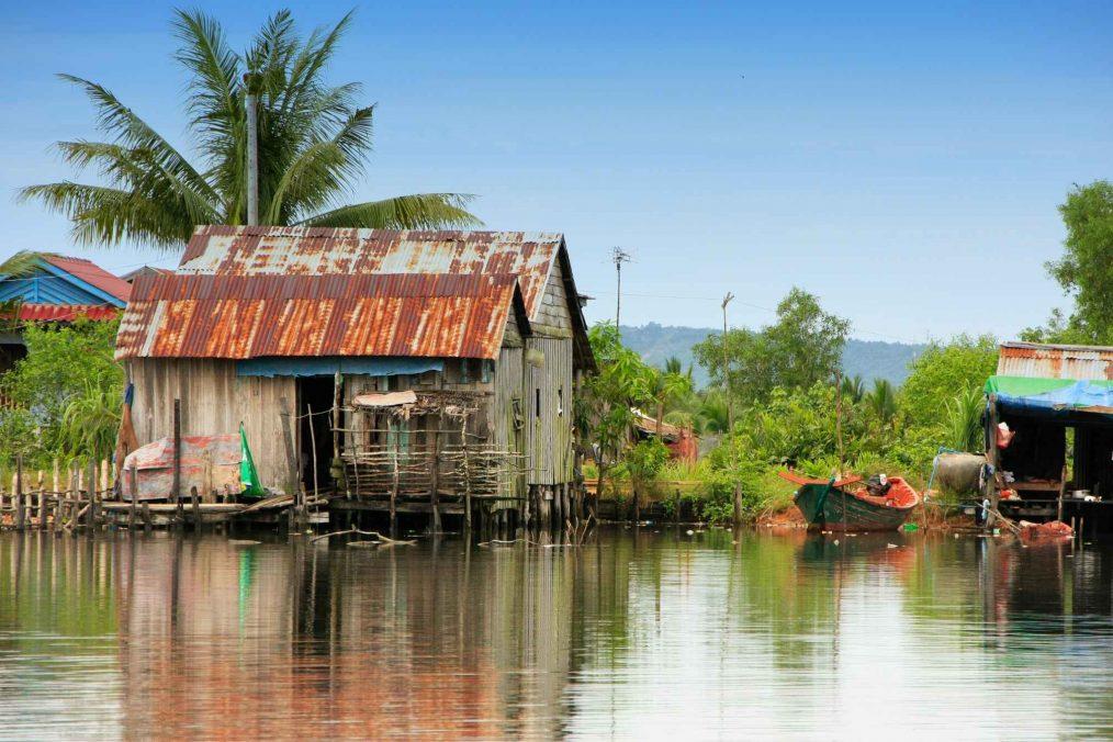 Huizen op het water in Ream National Park