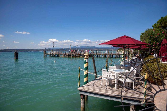 Restaurant aan het water in Sirmione
