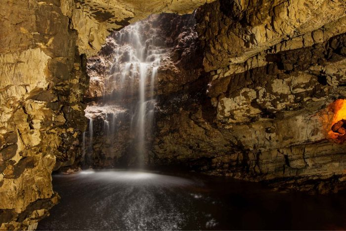 Smoo Cave in Schotland