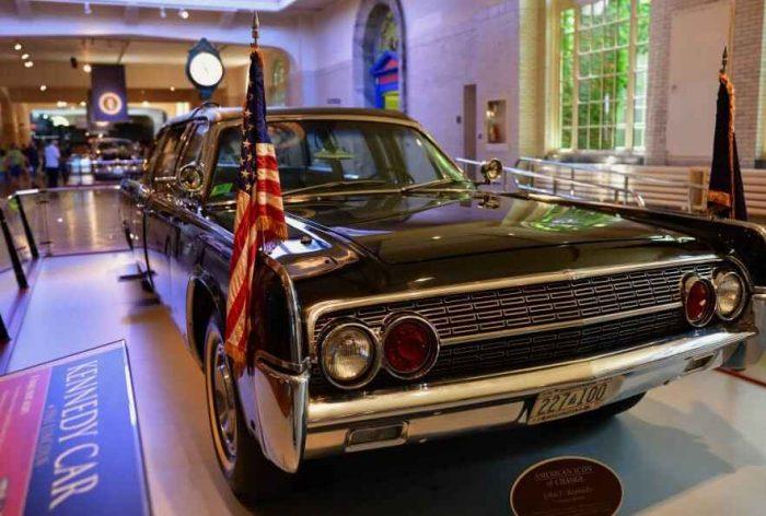 Auto van John F Kennedy in het Ford Museum