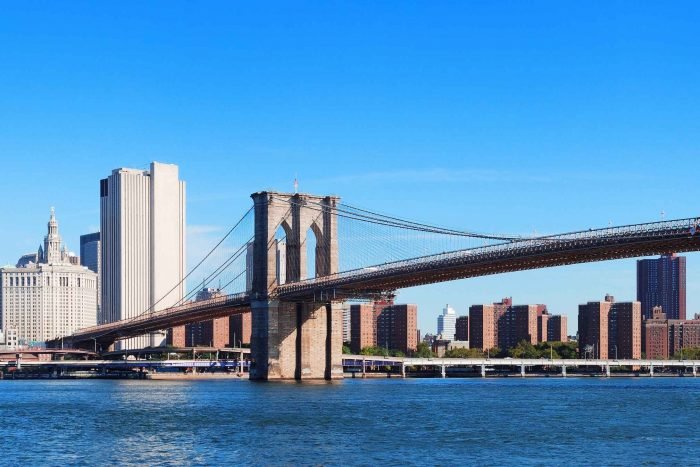 Uitzicht op de Brooklyn Bridge