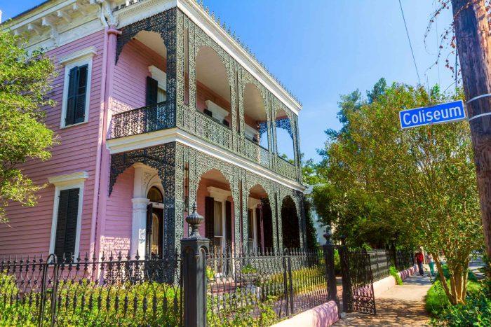 Roze Huis in het Garden District van New Orleans