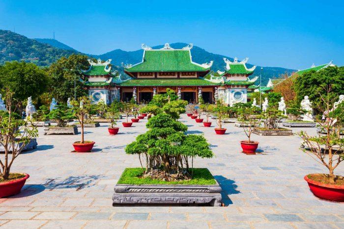 De Linh Ung pagode op Son Tra