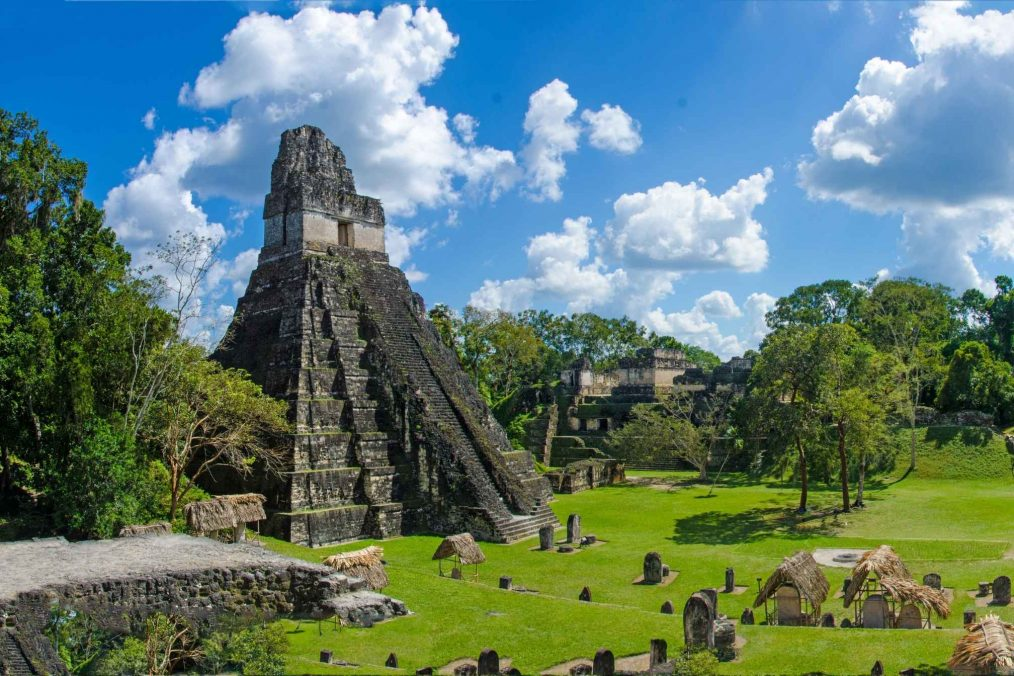 De ruïnes van Tikal
