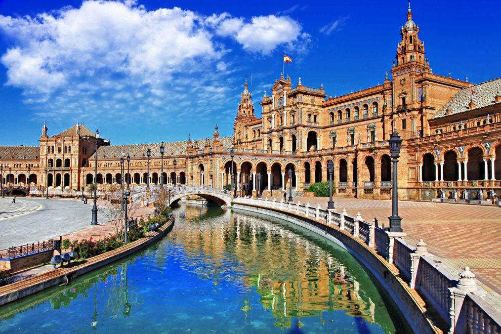 Plaza de Espan in Sevilla