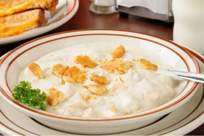 Dikke mosselsoep (clam chowder)