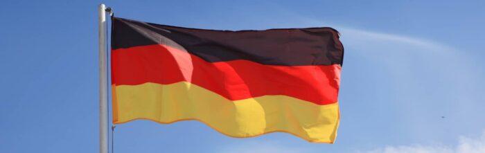 De Duitse vlag met een zwarte, rode en gouden streep