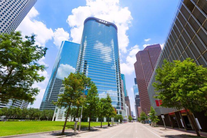 De Houston skyline vanaf de grond