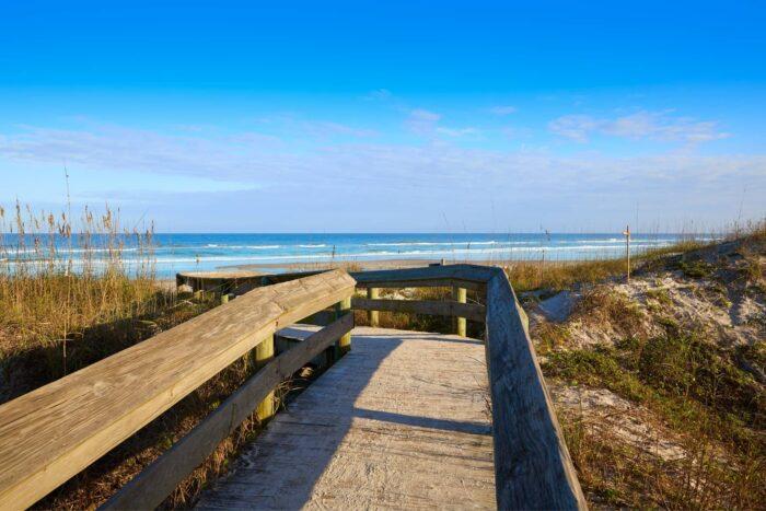 De weg naar Atlantic Beach in Jacksonville