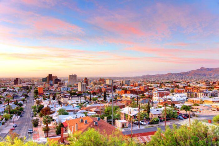 Uitzicht over El Paso tijdens zonsopkomst