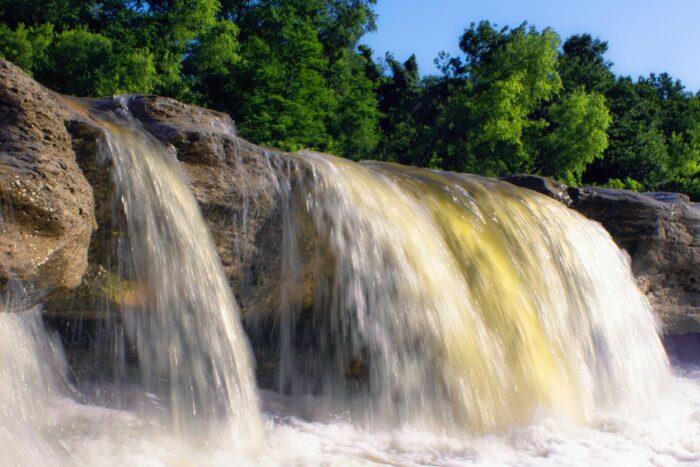 Watervallen in het McKinney Falls State Park